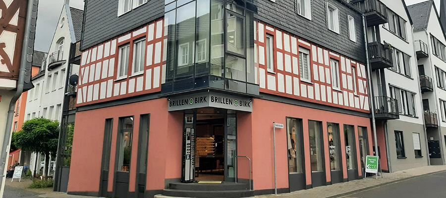 Gebäude-Brillen-Birk-Kastellaun_900x400